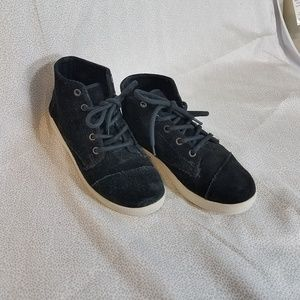 Tom's black suede high tops, 7